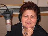 Salyámosy Éva újságíró, televíziós és rádiós szerkesztőriporter, rendező